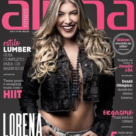 Lorena Improta em noite de autógrafos na Rede Alpha Fitness