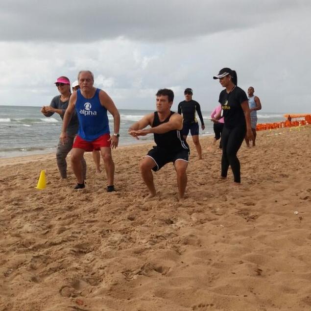 Rede Alpha Fitness realiza projeto de aulões gratuitos nas praias de Salvador