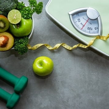 Dietas prolongadas podem colocar o corpo em modo 'econômico' e dificultar a perda de peso