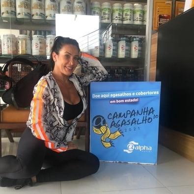 Scheila Carvalho é madrinha de Campanha do Agasalho