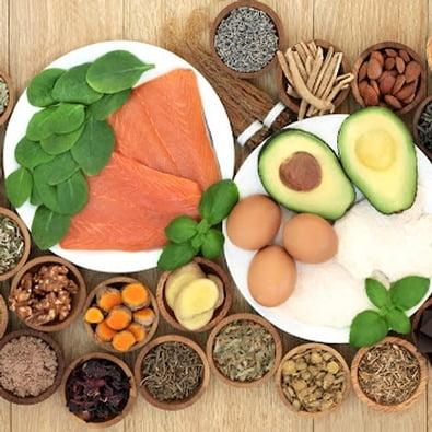 Nutricionista da dicas de alimentos que ajudam a diminuir a ansiedade