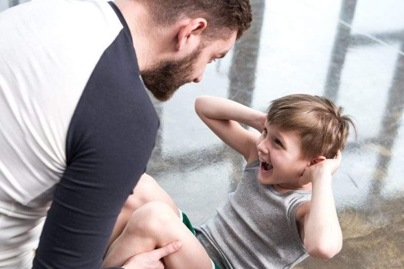 Rede Alpha Fitness promove semana especial com aulas para pais e filhos